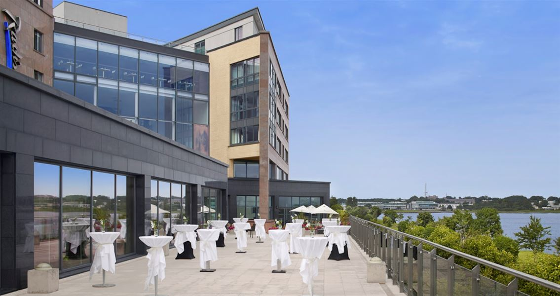 Radisson Blu Galway Kinder Travel Guide