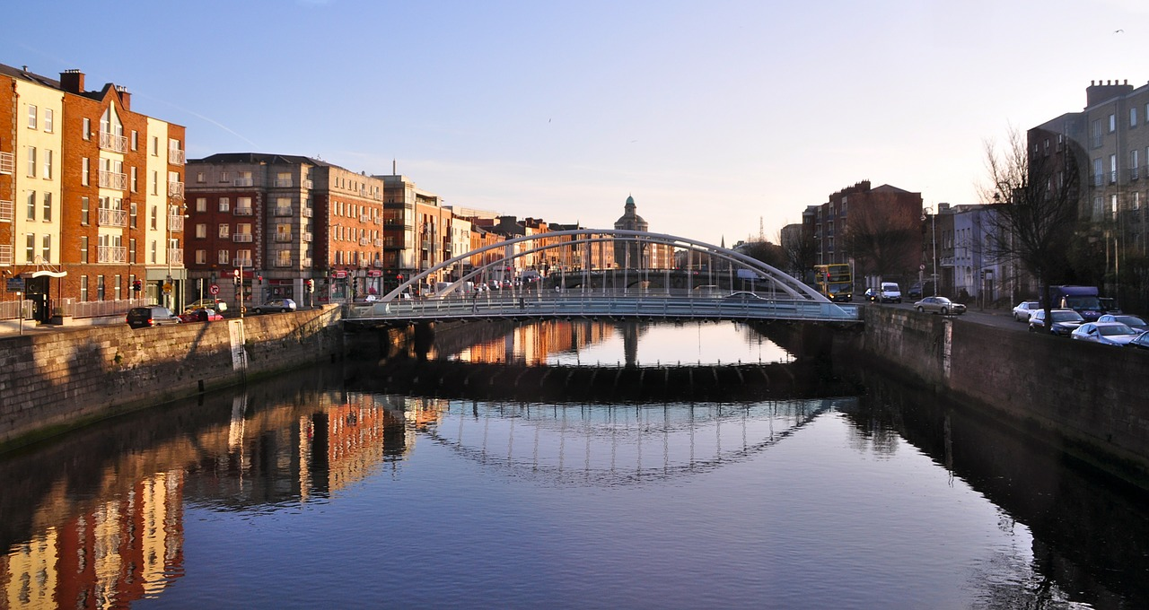 information about travelling around dublin ireland with a