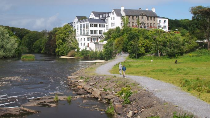 The Falls Hotel And Spa Ennistymon Kinder Travel Guide